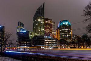 Den Haag bij avondlicht.