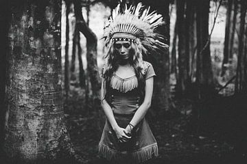 Black and White Mood in het Bos, BagasPhotowork  van 1x