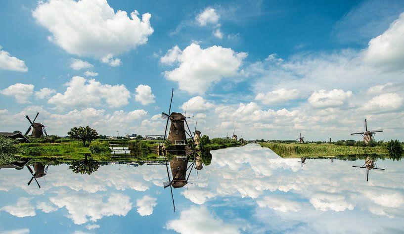 Holland Windmills. van Brian Morgan