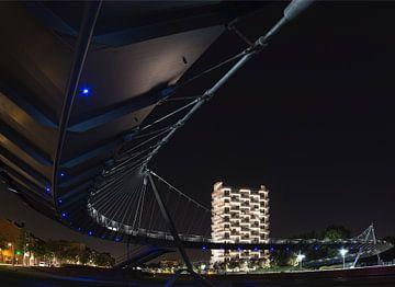 K-Tower de nuit sur Frank Amez