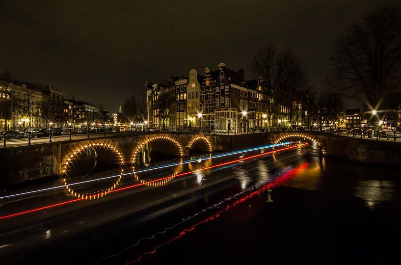 A night in Amsterdam van Oscar Beins