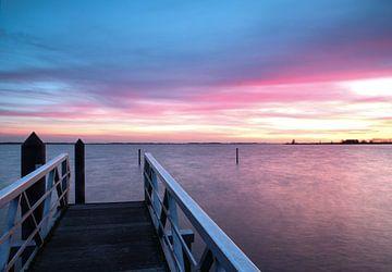 Bunter Sonnenuntergang von Nico Olsthoorn