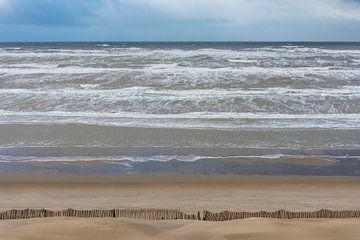 Storm op Noordzee bij Zandvoort van Daan Kloeg