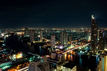 Bangkok by Night van Maurice Moeliker