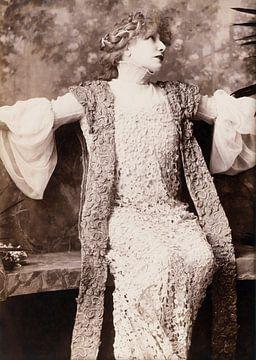 """Sarah Bernhardt in """"Francesca de Rimini"""" von Vintage Afbeeldingen"""
