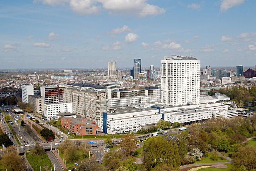 Skyline Rotterdam van W J Kok