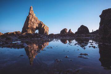 Asturien Playa Campiecho Strand mit Spiegelung von Jean Claude Castor