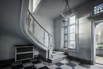 Verlaten villa van Chantal Nederstigt