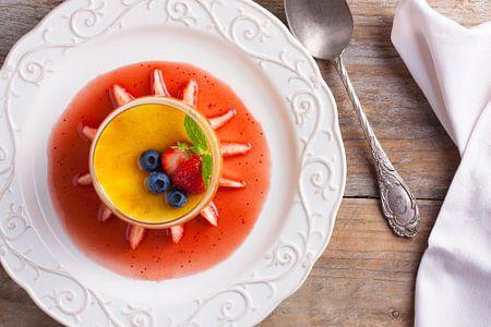 Graceful Gericht aus Crème brûlée