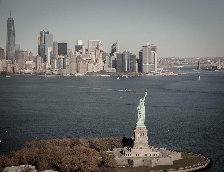 New York skyline, Manhattan van Maarten Egas Reparaz