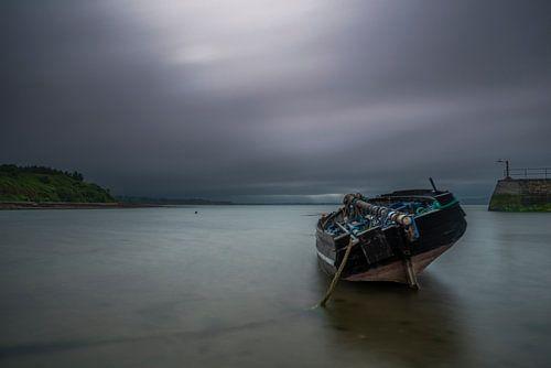 Empty boat van