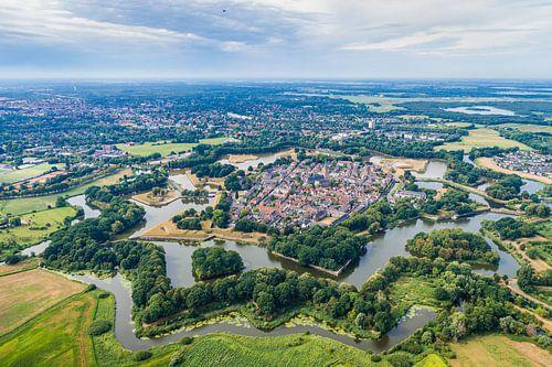 Luchtfotografie en bovenaanzicht van Naarden Vesting van