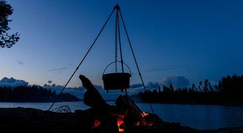 Outdoor cooking in Zweden in de zomer