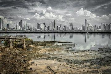 Artistiek shot van Panama stad van Roel Beurskens