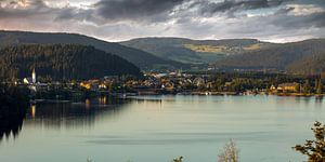 Lac au crépuscule sur Jürgen Wiesler