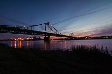 Brücke Krefeld-Uerdingen von Linda Lu