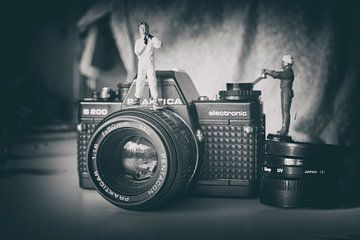 miniatuur world vintage camera vliegenier zwart wit van