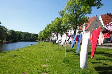 Wäsche, Wäscheleine an der Obertrave, Lübeck, Deutschland