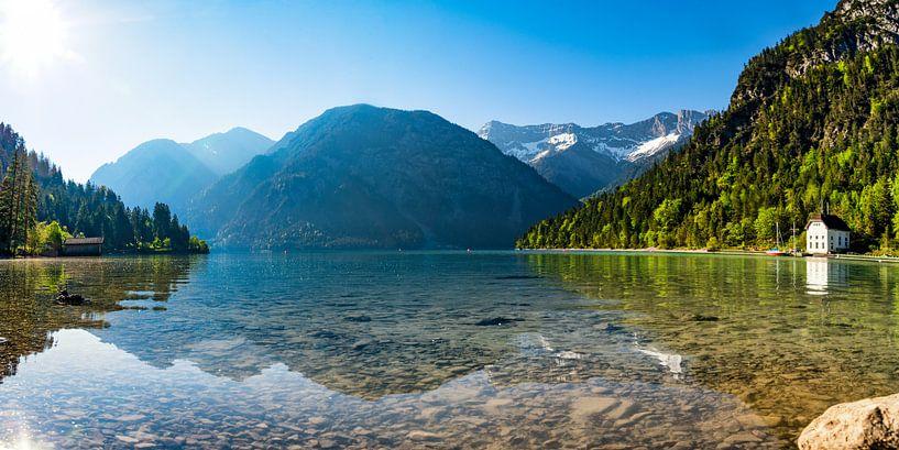 Alpensee am Morgen von Urlaubswelt