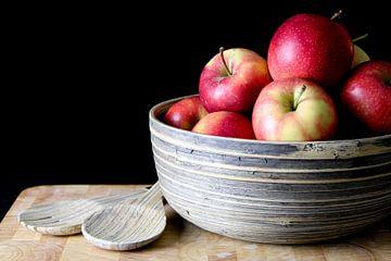 Stilleven appels in schaal von Loes Valckx