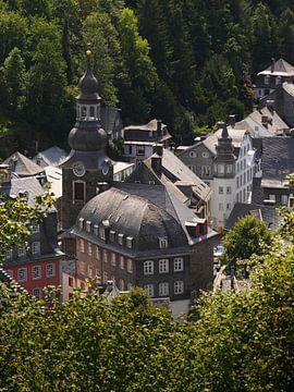 Monschau in de Eifel 8 van Jörg Hausmann
