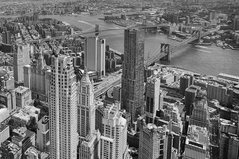 Brooklyn Bridge, zwart wit. van Thea Sijtsma