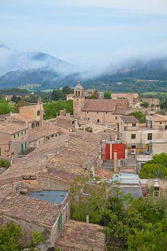 Mist boven Mallorca van t.ART