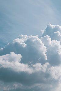Wolken patroon bij Wijk aan Zee van Christa Stroo fotografie