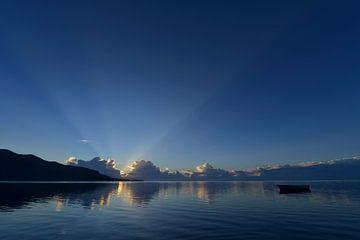 Zonsopkomst ,Mauritius. van Tilly Meijer