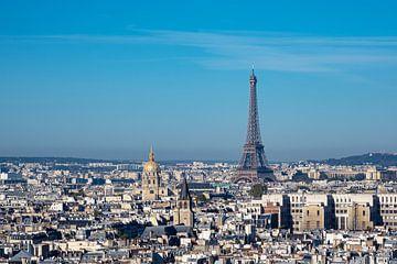Blick auf den Eiffelturm in Paris, Frankreich sur Rico Ködder
