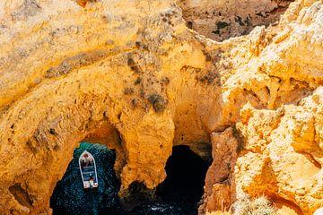 Rotsen langs de Algarve kust || Reisfotografie Portugal