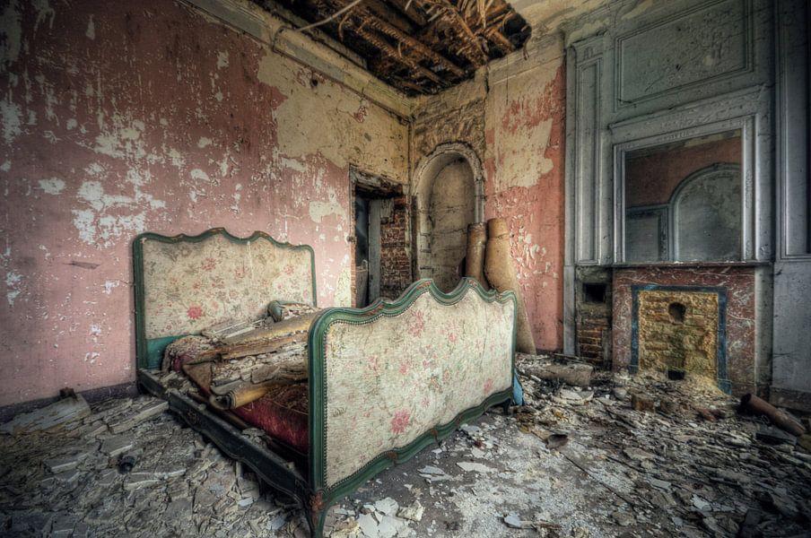 Urbex - Slaap lekker van Angelique Brunas