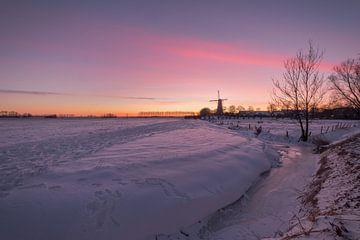 Weids winterlandschap met molen van Moetwil en van Dijk - Fotografie