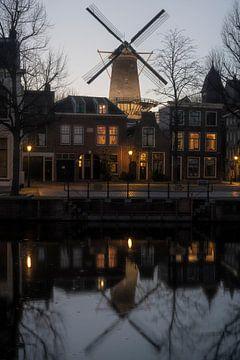 Stadtbild Schiedam mit Windmühle von Manuuu S