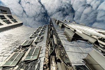 Moderne architectuur Medienhafen Dusseldorf van Eddy 't Jong