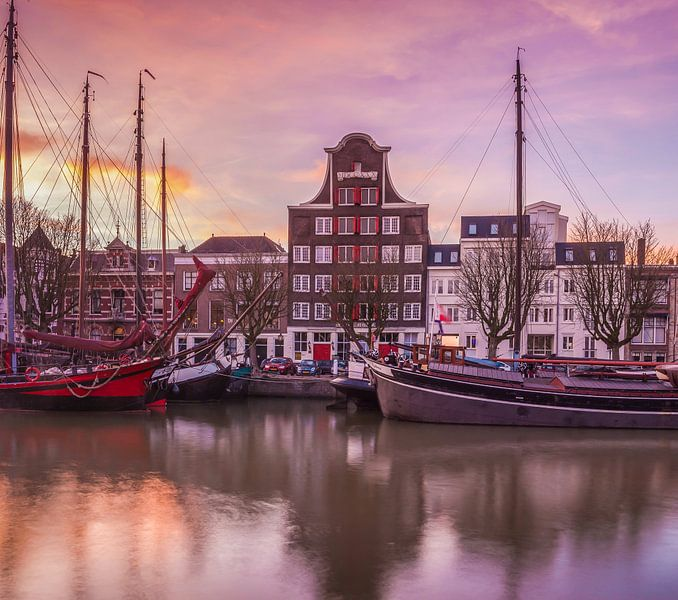 Wolwevershaven Dordrecht sur Ilya Korzelius