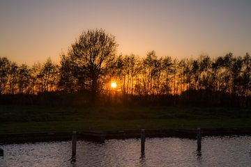 Zonsondergang Friesland van Rob Altena