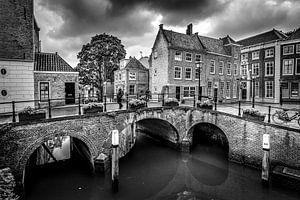 Oude stad Dordrecht van Danny den Breejen