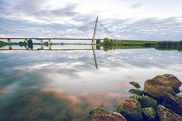 Brug over de rivier de IJssel van Fotografiecor .nl