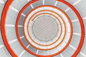 Parkeergarage van onderaf gezien, spiraal van Bob Janssen