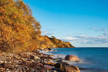 Baltic Sea coast near Klintholm Havn in Denmark van Rico Ködder