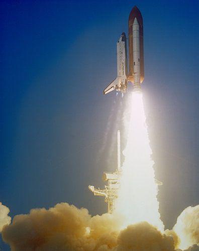Lancering van de Shuttle Challenger van