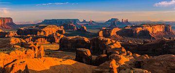 Sonnenaufgang von Hunts Mesa im Monument Valley