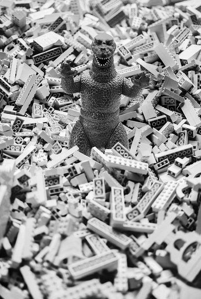 LEGOdzilla sur Marja van den Hurk