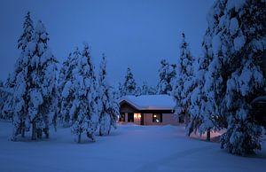 Finlande, maison dans la neige sur Frank Peters