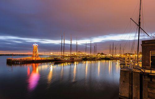havenlicht van enkhuizen van Arjan Keers