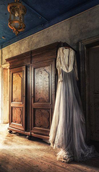In het wit van Esmeralda holman