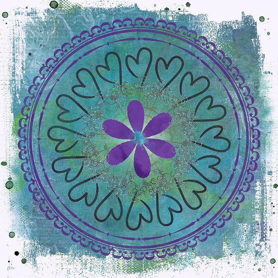 Circle of love - mandala van Studio Papilio