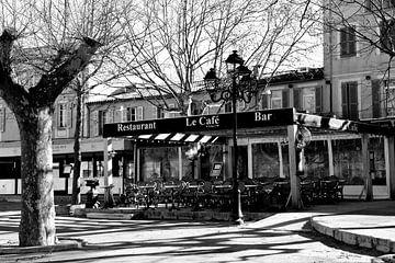 Le Café Saint-Tropez Place Des Lices van Tom Vandenhende