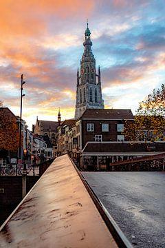 Morgendämmerung in Breda von Martijn Mureau